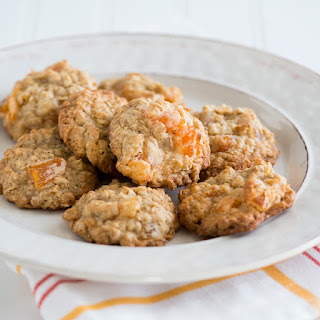 Oatmeal Cookies with Dried Apricots Recipe