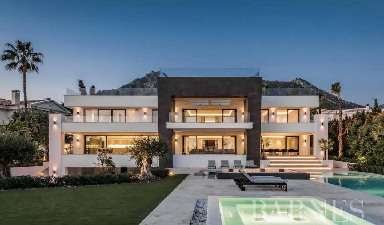 Villa with garden and terrace Marbella