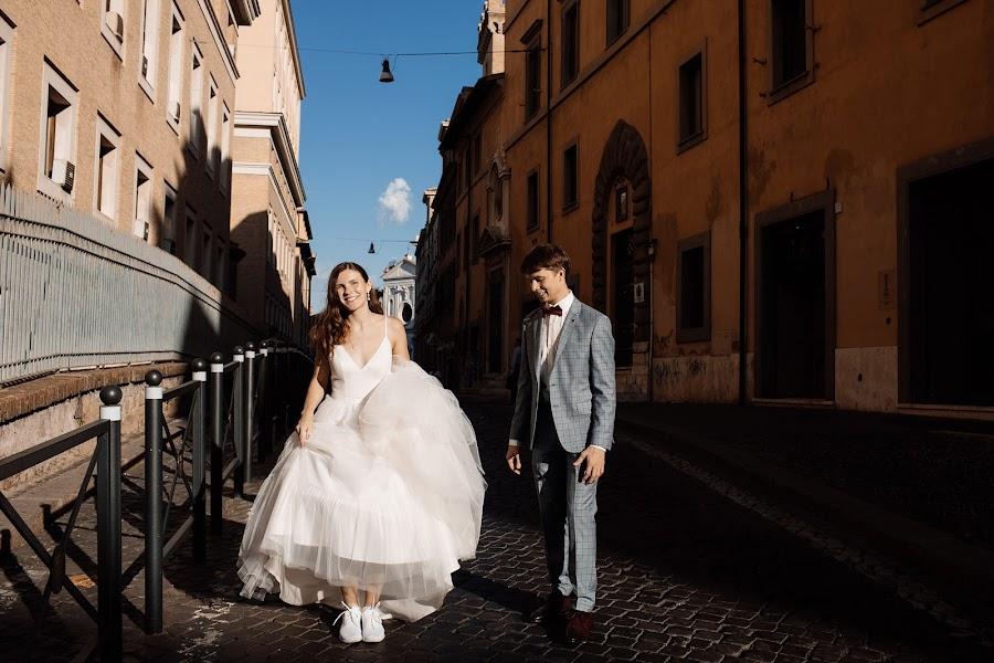 Wedding photographer Dimitri Kuliuk (imagestudio). Photo of 02.10.2019