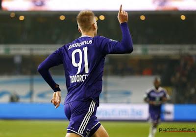 Dilemma voor Anderlecht: Teodorczyk houden of immense som verdienen
