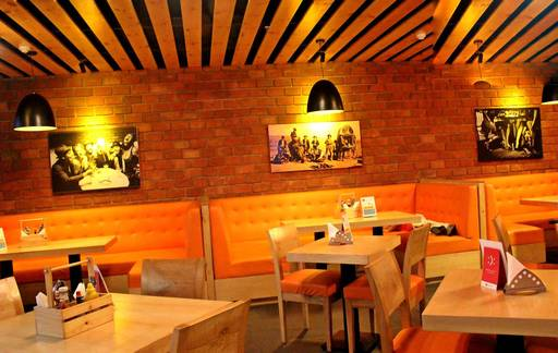 icc-world-cup-live-screening-bars-gurgaon-The-Hangout-by-1861_image
