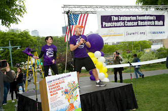 Photo: Leading warm-up for Pancreatic Caner Researh Walk 2010 NYC--Clinton Cove near Pier 96 (with buddy/artist Kristin Gambell).