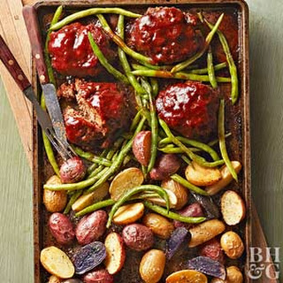 Mini Meat Loaves, Green Beans, and Potatoes Recipe