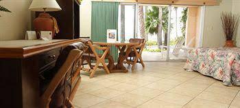 Hotel Estero Beach