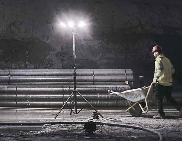 Fjärrstyrd LED arbetsbelysning till byggarbetsplats