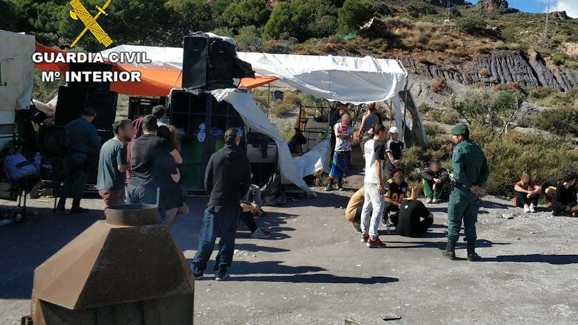 Intervención de la Guardia Civil en un paraje de Enix.