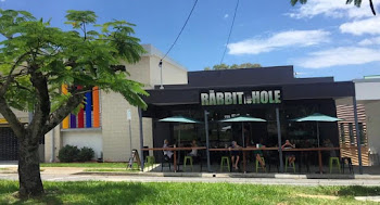 The Rabbit Hole Cafe - Wynnum