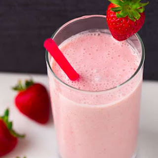 Strawberry Coconut Oat Smoothie.