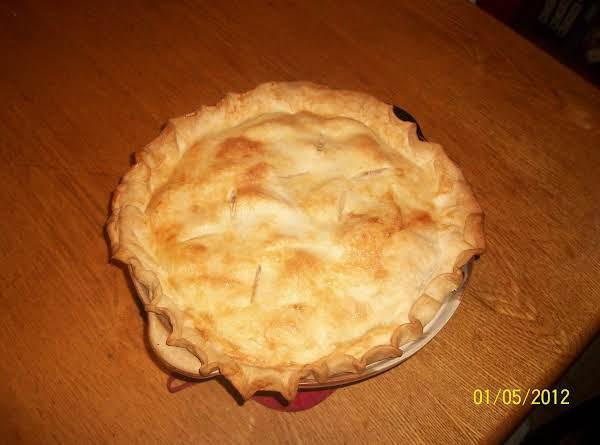 Saucy Spiced Apple Pie Recipe