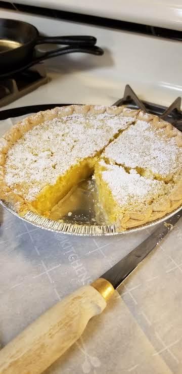 6 Ingredient Blender Lemon Pie