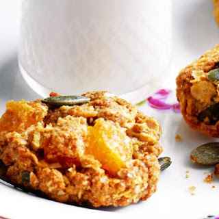 Fruity ANZAC biscuits.