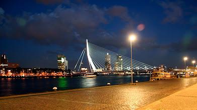 Photo: Erasmus köprüsü gece görüntüsü