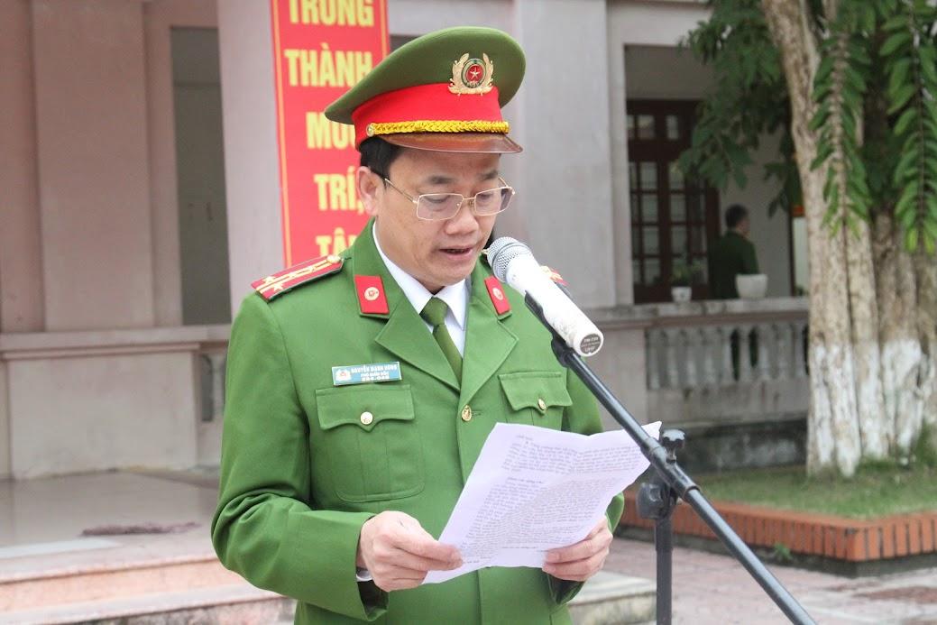 Đại tá Nguyễn Mạnh Hùng, Phó Giám đốc, Thủ trưởng Cơ quan CSĐT Công an tỉnh phát động hưởng ứng phong trào
