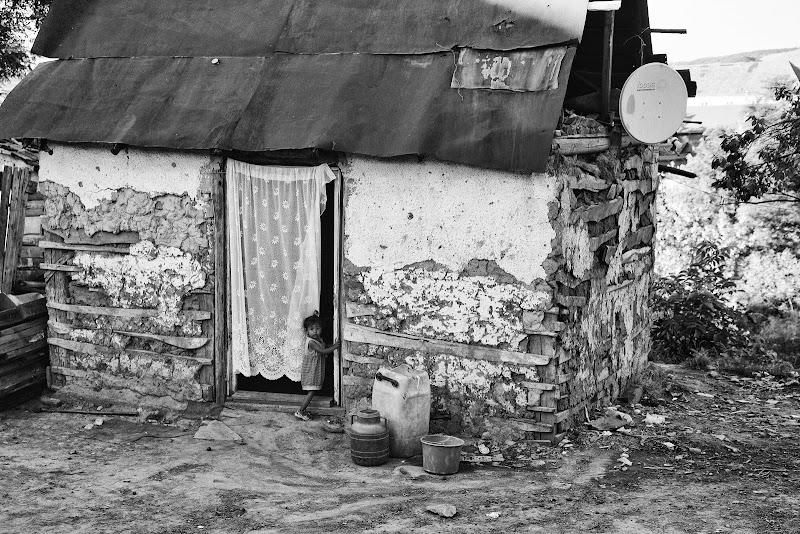 Campo rom con parabola di Jackass1991