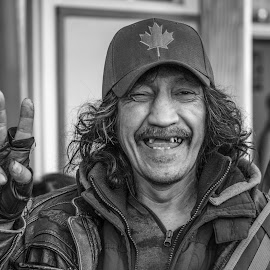 Take my picture! by Steve Kazemir - People Street & Candids ( black and white, toothless, candid, smile, street photography )