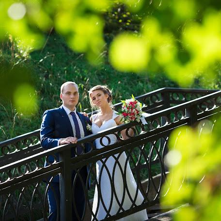 Wedding photographer Elvira Brudova (Brudova). Photo of 18.12.2017