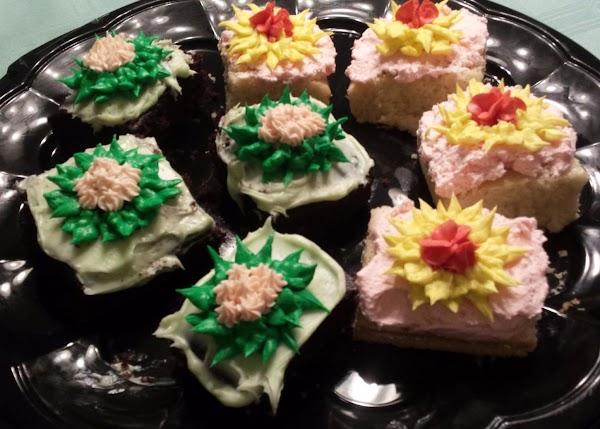 Cake Squares Decorated At Cake Decorating Class Recipe