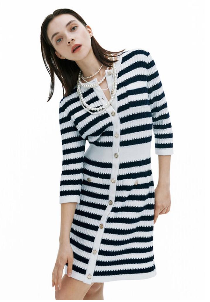 jisoo dress1