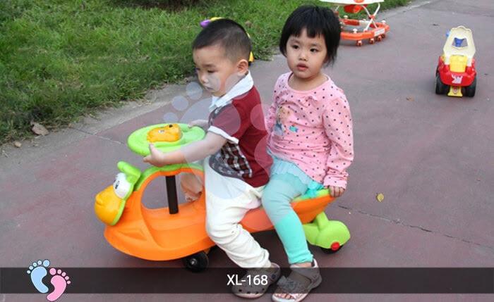 Xe lắc cho bé Broller XL-168 2