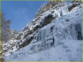 Photo: Au pied de la cascade