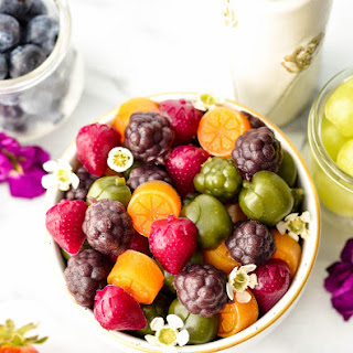 Healthy Homemade Fruit Snacks (with Whole Fruits & Veggies).