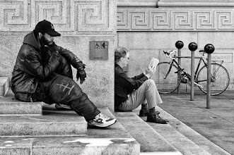 Photo: The Thinker and The Reader