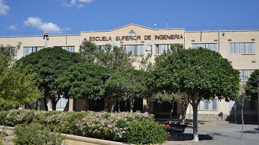 Escuela Superior de Ingeniería de la Universidad de Almería.