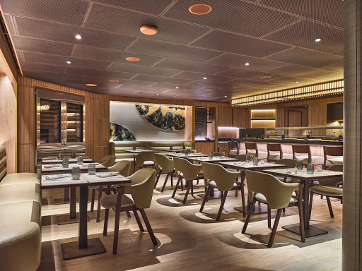 interiors-of-the-Japanese-inspired-restaurant-Kaiseki-Silver-Moon-1.jpg - Inside the Japanese-inspired restaurant Kaiseki.