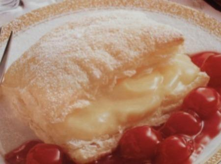 Amaretto Napoleons On Cherry Sauce Recipe