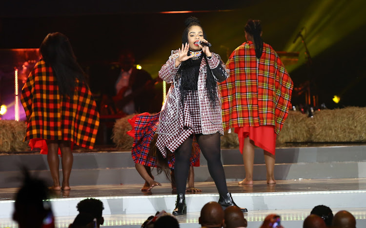 Shekhinah performs during the at the SAMAs held at Sun City.