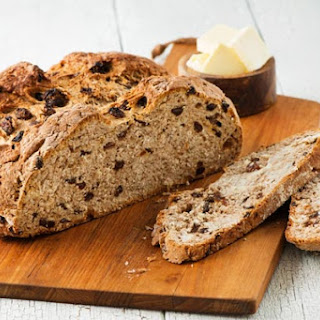 Cinnamon Raisin Irish Soda Bread