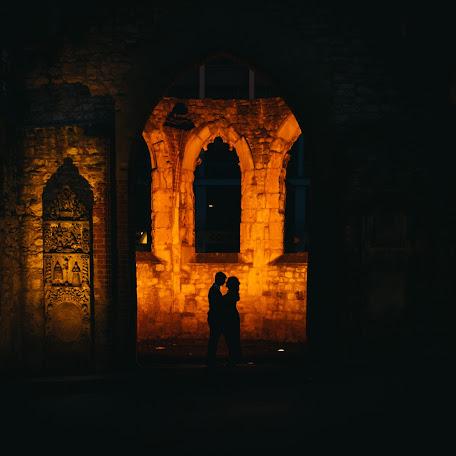 Wedding photographer Anji Martin (AnjiMartin). Photo of 01.11.2017