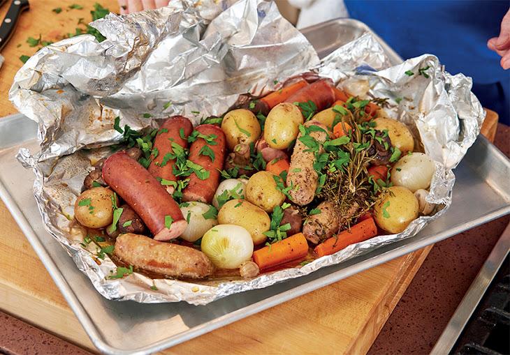 Jacques Pepin'S Sausage, Potatoes, Onions, & Mushrooms en Papillote Recipe