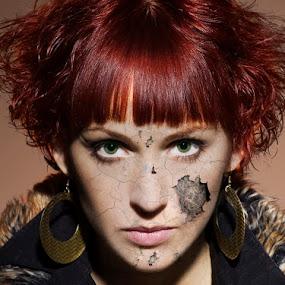 Laura by Attila Kropf - People Portraits of Women