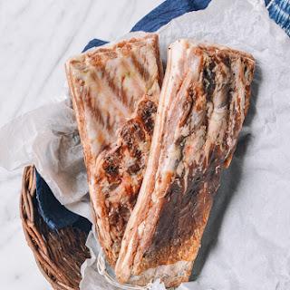 Homemade Chinese Salted Pork (腌咸肉).