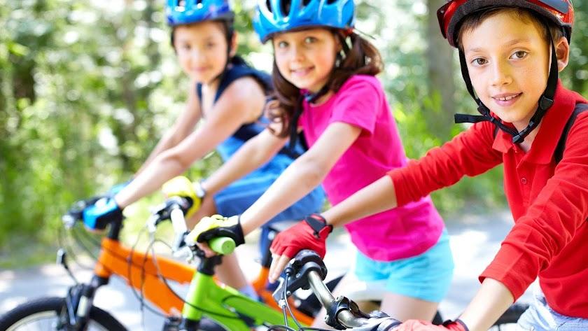 El Triatlón un deporte en auge también para menores.