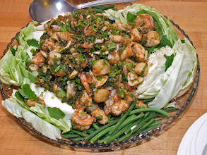 Photo: northeastern-style seafood lahb with aromatic herbs and ground toasted rice