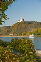Photo: Spay, Blick auf die Marksburg © Rheinland-Pfalz Tourismus GmbH