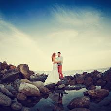 Wedding photographer Valentin Knysh (alicat). Photo of 15.06.2013