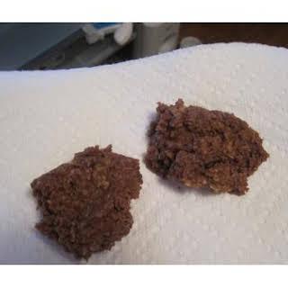 Easy No-Bake Peanut Butter Chocolate Oatmeal Cookies.
