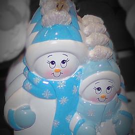 Snowmen Ornaments by Cheryl Beaudoin - Artistic Objects Still Life (  )