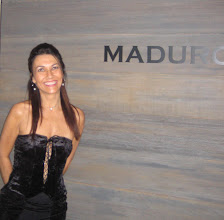 Photo: Lilian at the Maduro Lounge - Tokyo