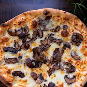 Bianco Funghi Pizza