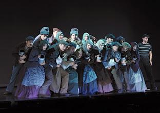 "Photo: MUSICAL ""ELISABETH"" im Wiener Raimundtheater. Premiere 5.9.2012. Inszenierung Harry Kupfer. Kurosch Abassi & Ensemble. Foto: Barbara Zeininger"