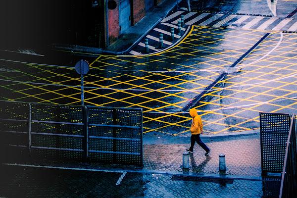 In giallo sotto la pioggia di mariateresatoledo
