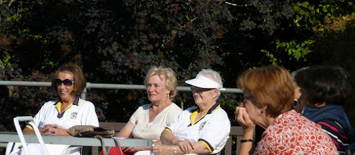 Photo: June Lay, Carole Davies, Hildigunnar Churchman (Bowls Champ of Iceland), Val King & Christine Perryman.