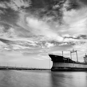 Time Traveller by Teguh Iwan S - Transportation Boats
