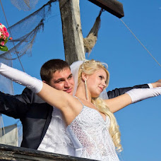Wedding photographer Vladislav Gnatovskiy (zorro33). Photo of 15.10.2013