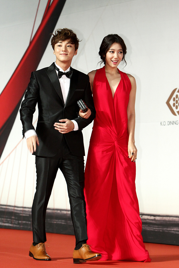 shinhye gown 55