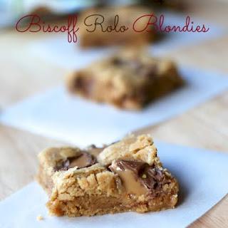 Biscoff Rolo Blondie Brownies